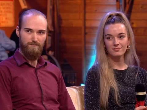 Twee Marker jongeren verrast door Robert ten Brink