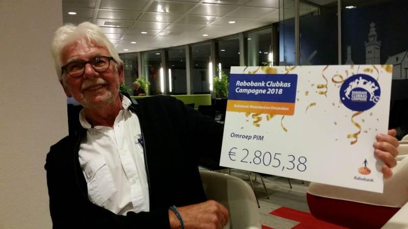 Omroep PIM krijgt bij Rabobank Clubkas Campagne cheque van € 2.805,38