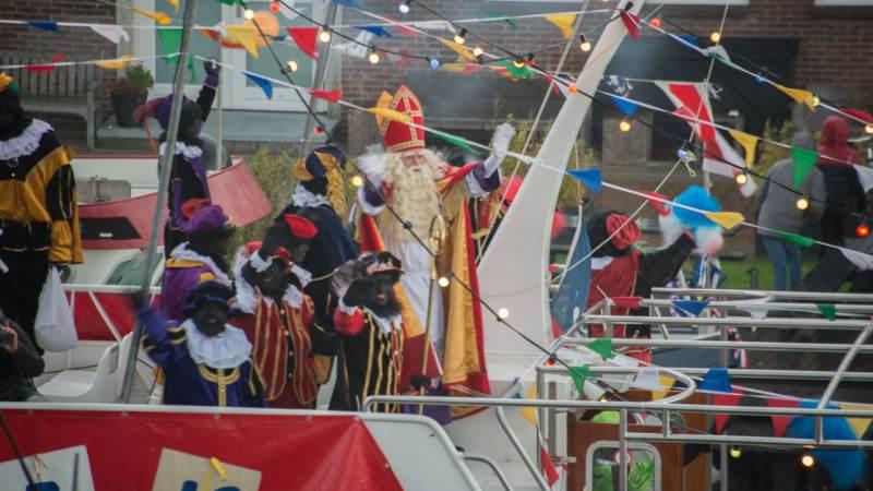 Sint Nicolaas stapt op zaterdag 17 november aan wal in Monnickendam