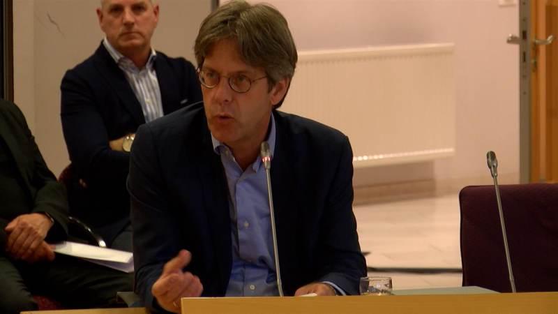 Wethouder Van der Hoeven dient toch per 7 september ontslag in