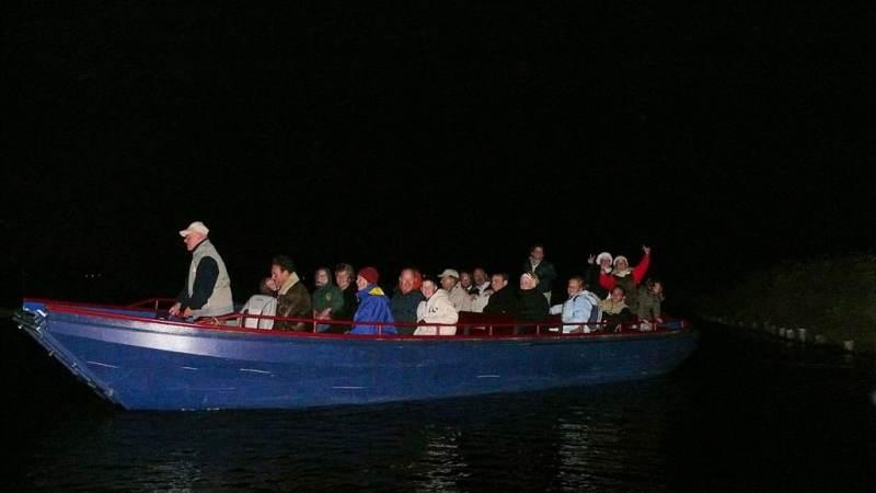 Beleef de nacht van de nacht op het water in het Ilperveld