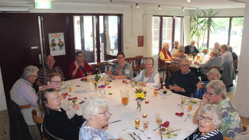 Open eettafel in De Bolder