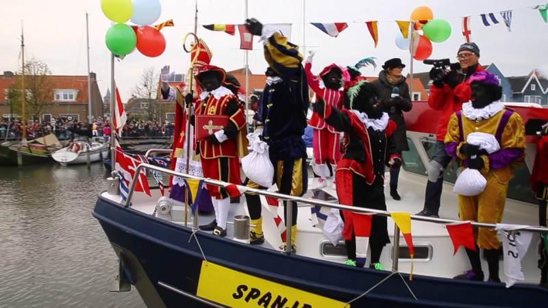 Sint Nicolaas stapt op zaterdag 18 november aan wal in Monnickendam