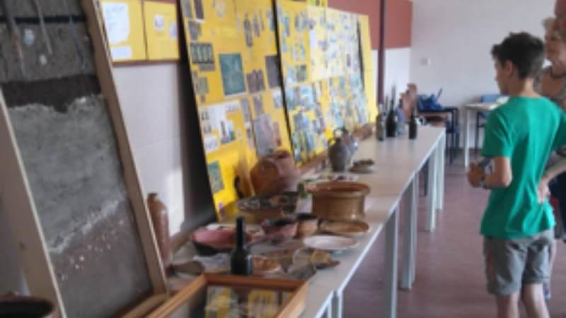 Veel belangstellenden determinatiemiddag archeologie in Zunderdorp