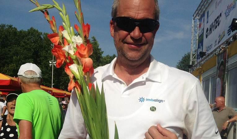 Dirk Kaars haalt 14e Nijmeegse Vierdaagse kruisje op