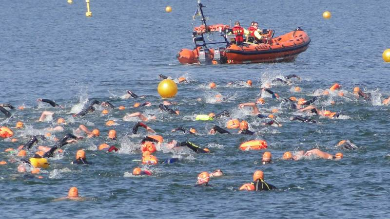 Bob de Vries wint Zwemmeland 2018; Femke Swier beste vrouw