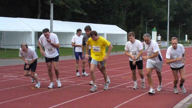 Open avond AV Monnickendam met o.a. een 5000 meter wedstrijd