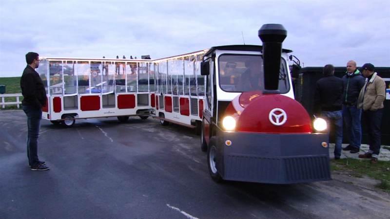 Een elektrische toeristentrein op Marken?