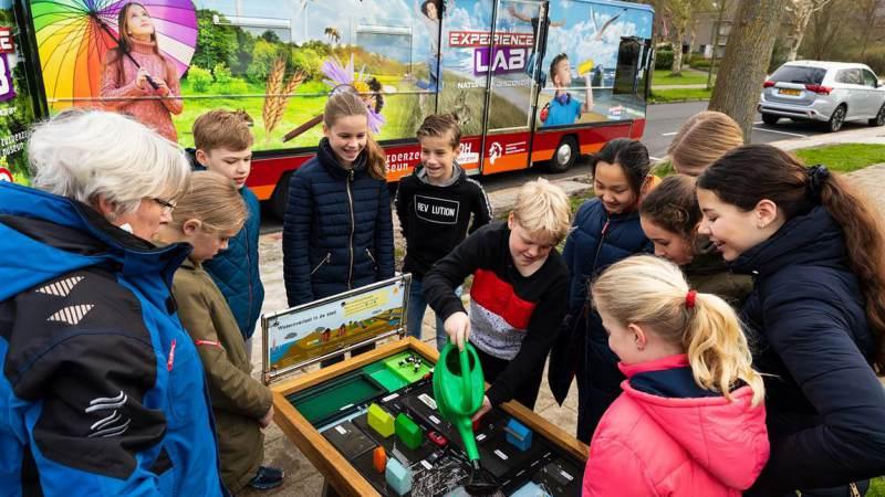 Klimaatbus toert langs Noord-Hollandse scholen