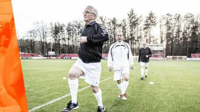 Walking Football (60+) bij SDOB