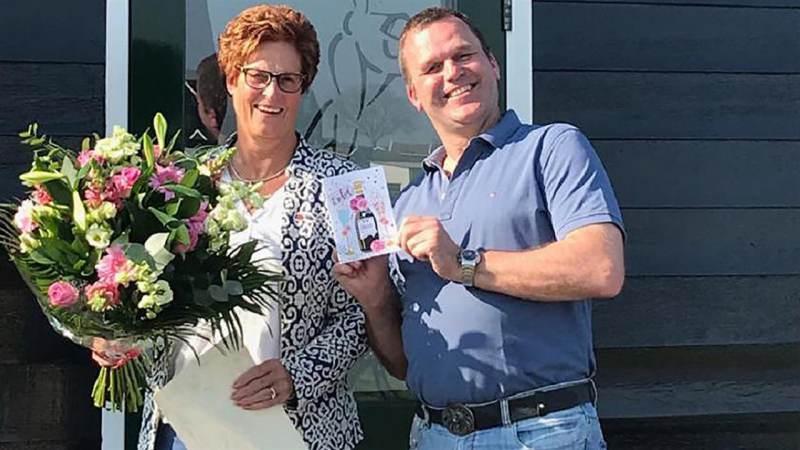 Lijsje Roos-Moenis benoemd tot lid van verdienste van de KNSB