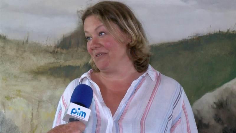 Philine van der Vegte schildert Katwoude als afstudeerproject
