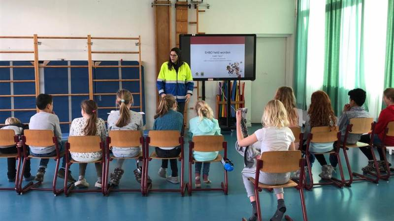 Rotary Monnickendam organiseert EHBO lessen op scholen in Waterland