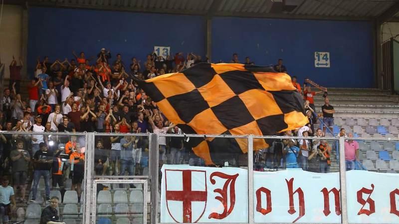 Effectief De Graafschap dient FC Volendam eerste nederlaag toe