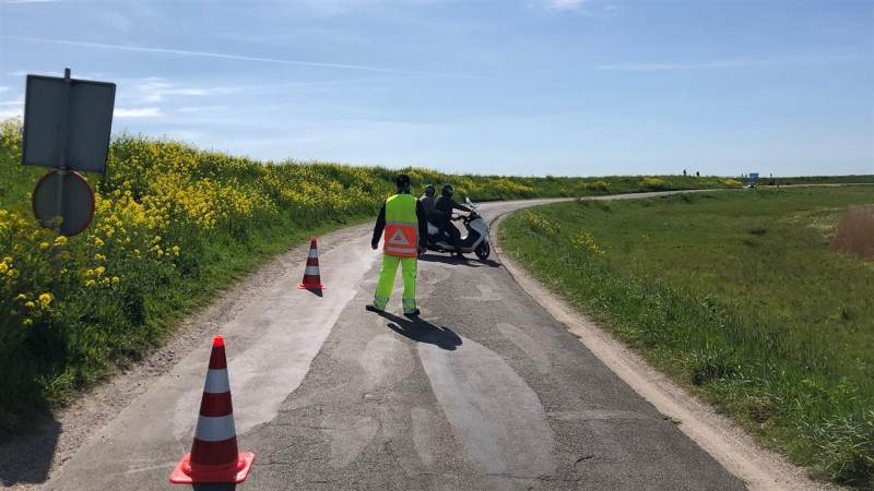 Gemeente Waterland sluit met Pasen toegangswegen voor motoren en parkeerterreinen af
