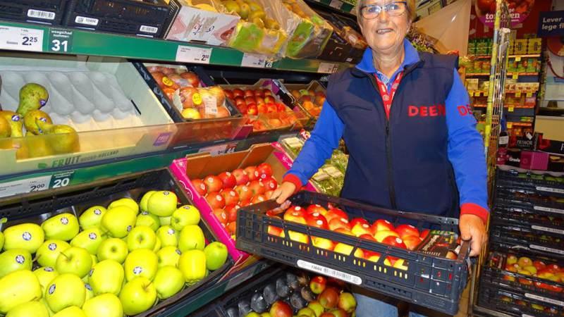 Lia Visser gaat na 50 jaar Aardappelen, Groenten en Fruit met pensioen