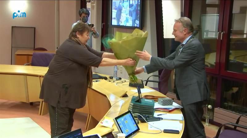 'Afscheidstournee' burgemeester Heldoorn begonnen