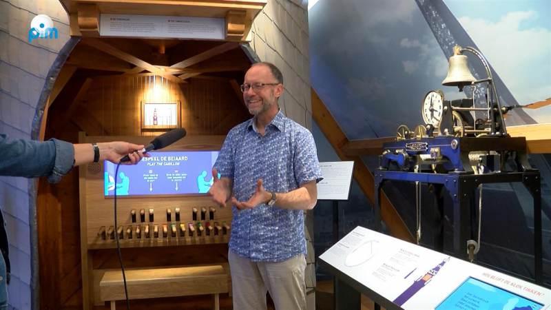 Wordt de beiaardier van het carillon in het museum De Speeltoren wegbezuinigd?