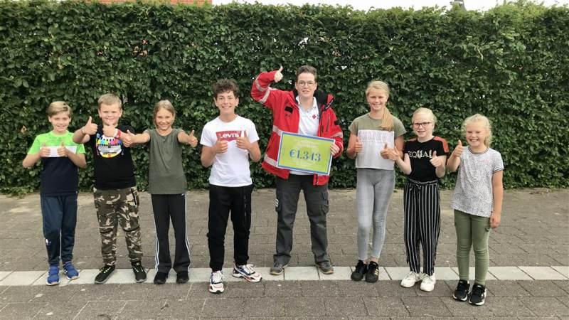 Leerlingen Rietlandenschool halen € 1.343 op voor Rode Kruis