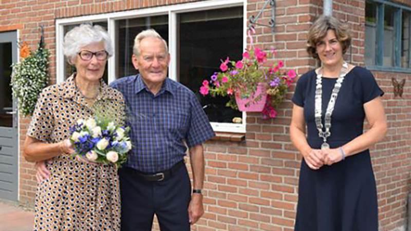 Echtpaar D. De Goede en H. De Goede-Struving zestig jaar getrouwd
