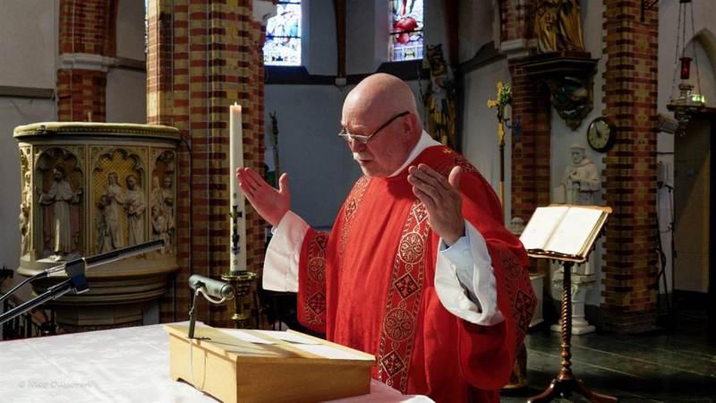 Filmpje pastor Henk Bak meer dan 400.000 keer bekeken