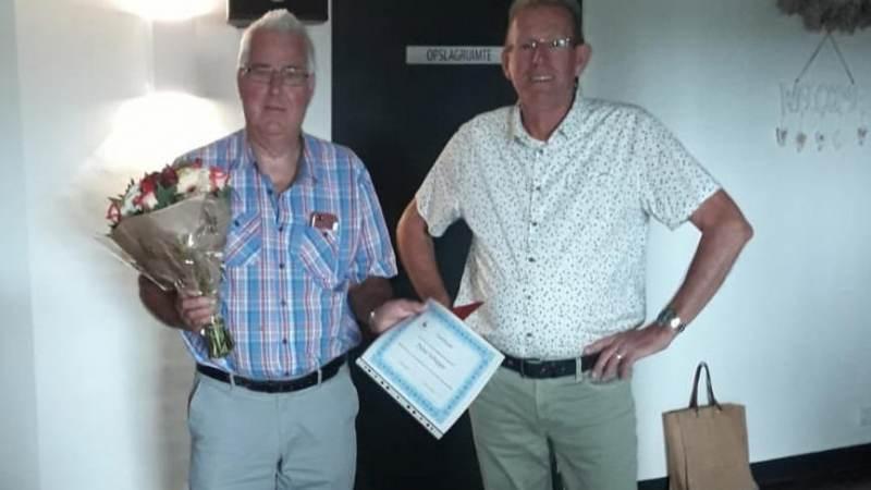 Pieter Schipper 40 jaar lid van Marker Mannenkoor