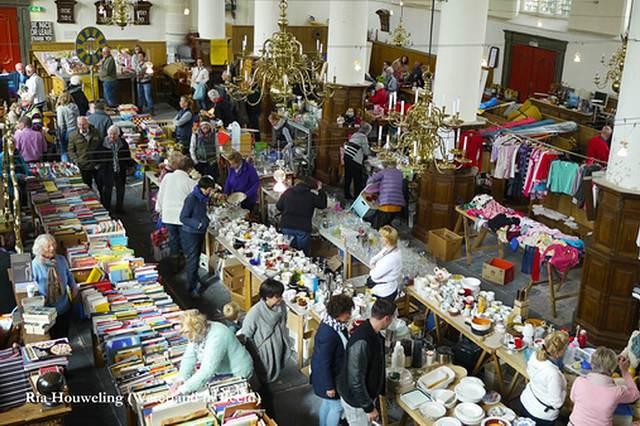 16 oktober rommelmarkt in de Broeker Kerk