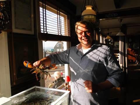 'Land en Zeezicht' op Marken is een homarium rijker
