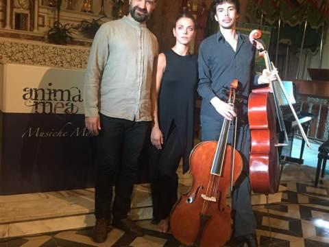 Muziek-dansvoorstelling Dialogue between a Dancer and a Cellist in Catharinakerk