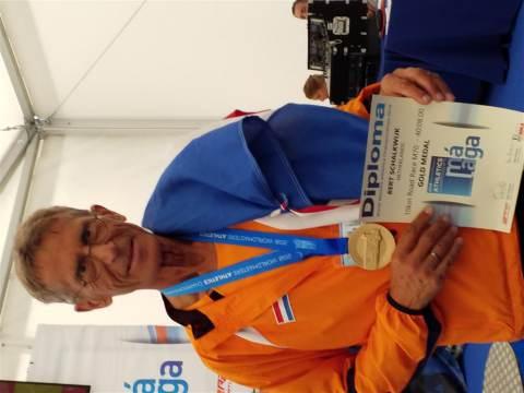 Bert Schalkwijk wereldkampioen op 10 km bij WK Masters in Malaga