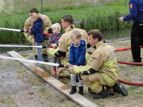 Brandweer Marken organiseert Kinderspelen tijdens 47e Nationale Brandweerdag