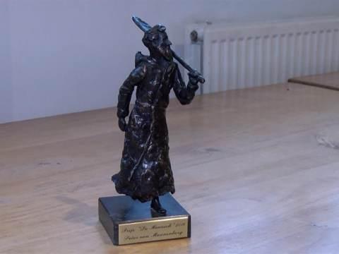 """Peter van Maanenberg trotse winnaar van """"De Monnick"""""""