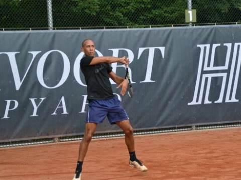Toptennis én Top-optreden dit weekend bij Tennisvereniging Monnickendam