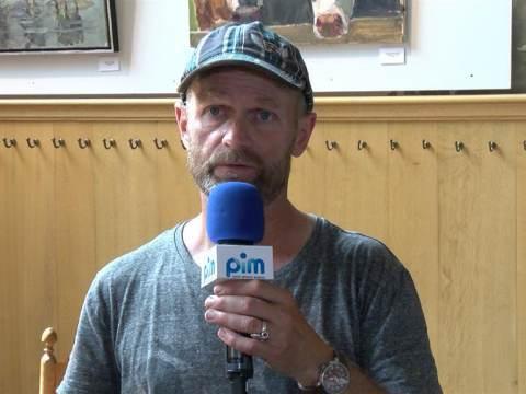 Koeienschilder Ruud Spil geeft workshop in de Broeker Kerk