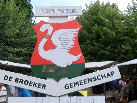 Kleinere Broekerjaarmarkt door harde wind