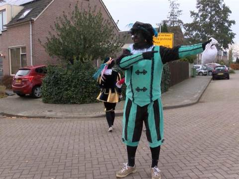 Sinterklaas ook veilig in Ilpendam aangekomen