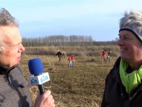 Vrijwilligers Staatsbosbeheer weer actief in Waterlandse natuurgebied