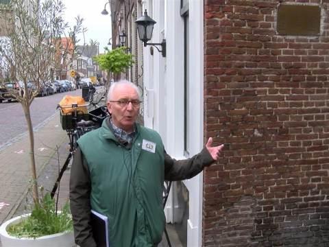 PIM loopt themarondleiding met Stadsgidsen
