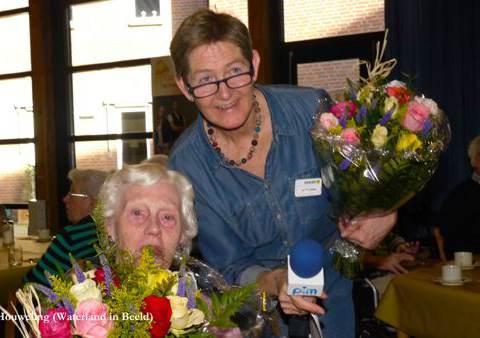 Verzorgingshuis Swaensborch neemt nieuwe uitgiftebalie in gebruik