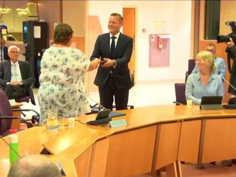 Profielschets nieuwe burgemeester overhandigd aan commissaris van de Koning