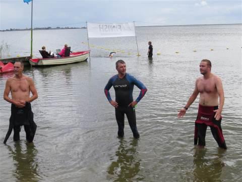 Zwemmeland met 154 deelnemers grote happening op het Hemmeland