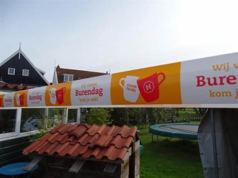 Oranje Fonds ondersteunt Burendag in het Kesterpad op Marken