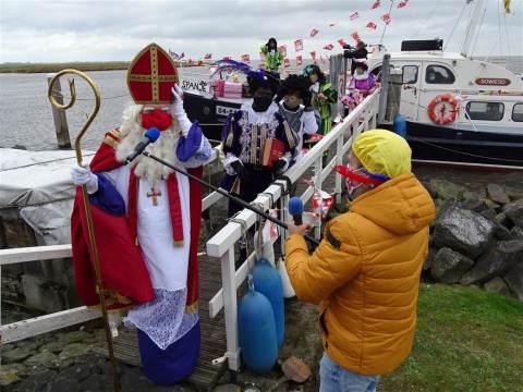 Sint en Pieten ook aangekomen op Marken
