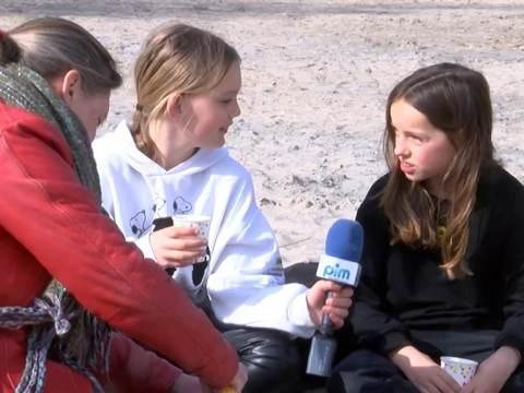 Anouk (11) en Valerie (11) volgen lessen in kinderfilosofie